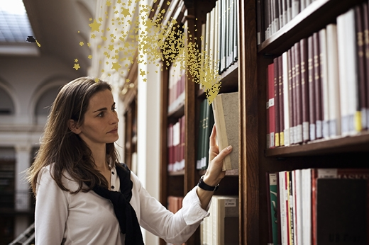 Woman_Library_v3-stars