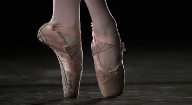 ballet-slippers-at-1000fps-walkercreekmedia